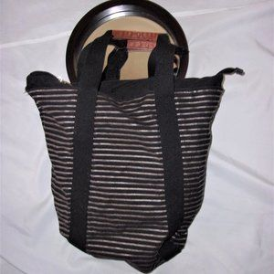 nice black gold striped  tote travel beach over